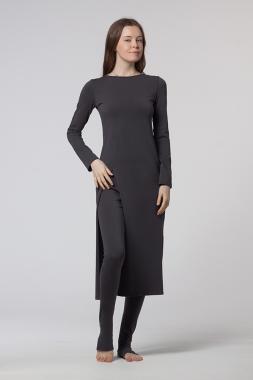 Платье с длиным рукавом серое