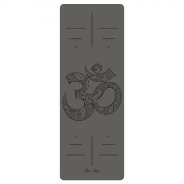 """Натуральный каучуковый коврик с символом """"ОМ""""."""