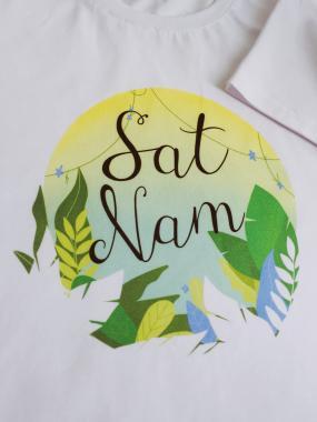 Футболка женская SAT NAM