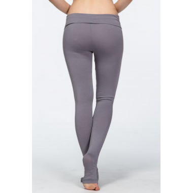 Фиолетовые лосины для йоги