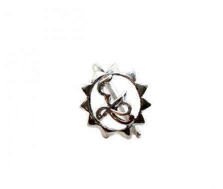 Серебрянная брошь с защелкой из серебра Кханда с Солнцем. арт. 327.